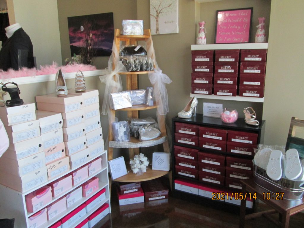 Shoes, Purses and so much more!